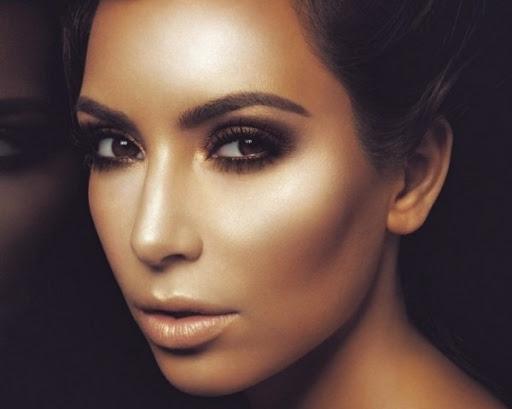 kim-kardashian-d-list-magazine-022111-1-780x10122-e1349561529426[5]